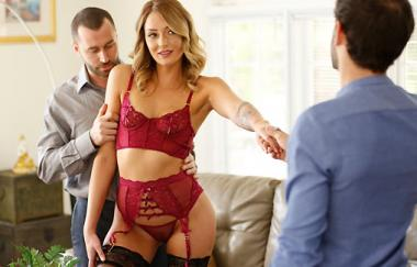 Charlotte Sins, James Deen – Charlottes Zeit ist jetzt (NewSensation)